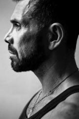 Eastman - Claudio Gonzalez